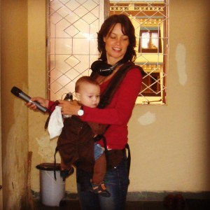 Lea in India with her son Oliver
